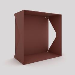 Cube-étagère échancré en acier avec sa plaque, red-brown métallisé