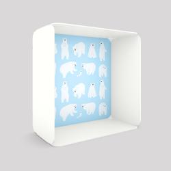Voile de fond motif ours blanc sur fond bleu avec le cube-étagère en acier couleur blanc